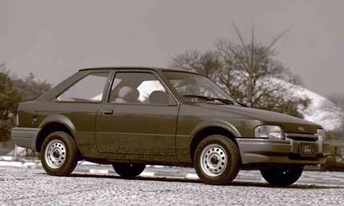 Linhas eram esportivas mesmo nas versões mais simples(foto: Ford/Divulgação)