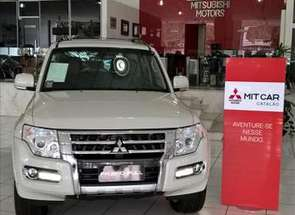 Mitsubishi Pajero Full 3.2 Hpe 4x4 16v Turbo Intercooler em Belo Horizonte, MG valor de R$ 246.990,00 no Vrum